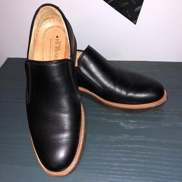 Frequent Traveler Black Leather Slip